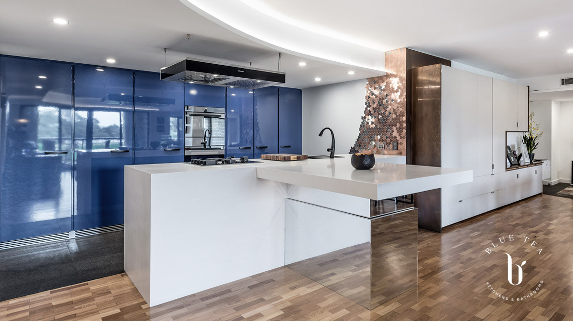 Blue Kitchen with Adjustable Island Rushcutters Bay | Blue Tea