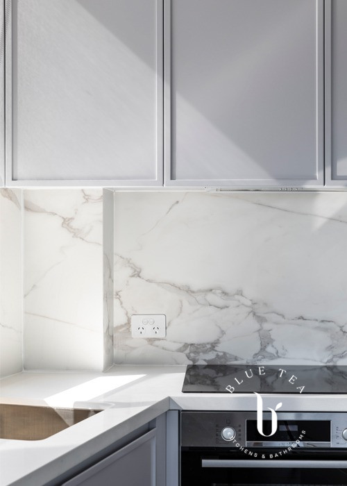 Marble tile splashback | Bronte Kitchen