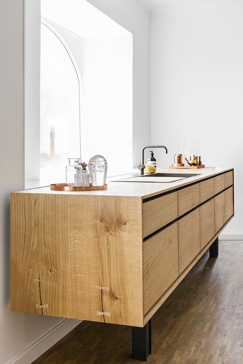 Modern Danish Timber Kitchen by GARDE HVALSØE