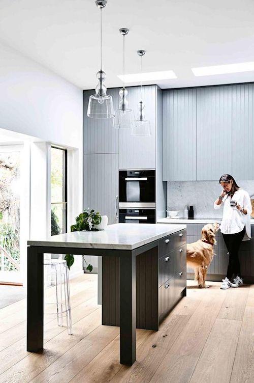 V-groove kitchen in Grey