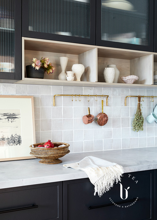 Summer Hill Kitchen Design fluted glass and timber shelves